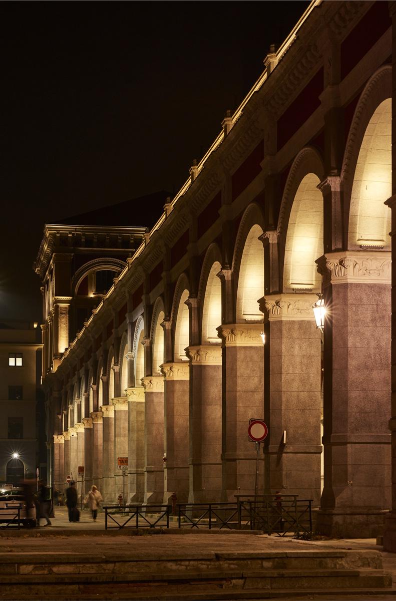 Iguzzini lighting innovation for people - Turin porta nuova ...