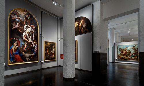 iGuzzini illumina i Saloni Selva - Lazzari all'Accademia di Venezia