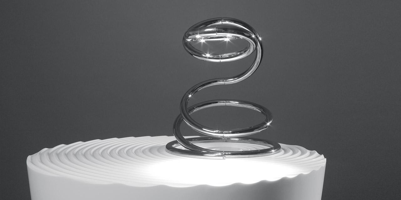 The Pizzakobra Table Lamp Iguzzini