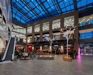 Lo shopping Center Iso Omena